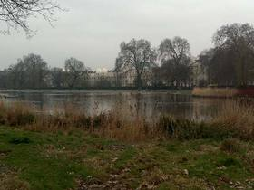 Blick vom Regents Park auf die London Business School LBS