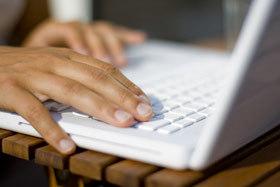 Online Bewerbung, Tippen