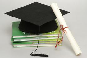 Promotion, Doktorarbeit, Absolventenhut