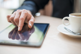 iPad und Kaffee