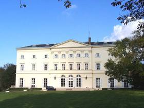 Die HEC School of Management in Jouy-en-Josas bei Paris